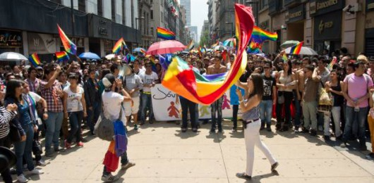 Pride Parade 2012 im mexikanischen Ciudad. Foto: Ismael Villafranco. Creative Commons LizenzvertragDieses Bild steht unter einer Creative Commons Lizenz.